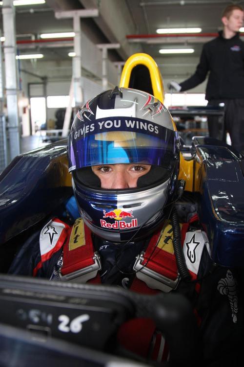 Carlos Sainz jr en el interior del monoplaza