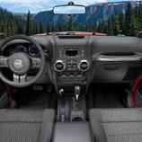 Interior del Jeep Wrangler 2011