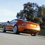 Deportividad en el nuevo Aston Martin Virage