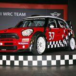 MINI WRC con el dorsal 37
