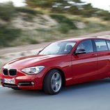 BMW Serie 1 en carretera