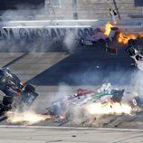 Gran accidente en la carrera de la IndyCar en Las Vegas