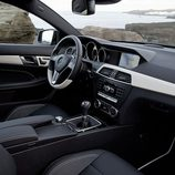 Mercedes-Benz Clase C Coupé interior