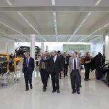 Ron Dennis enseña el nuevo McLarne Production Centre