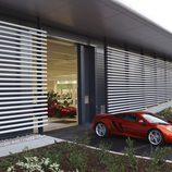 El MP4-12C sale del McLaren Production Centre