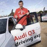 Fran Vázquez a punto de subirse al Audi Q3