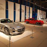 Mercedes-Benz SLS AMG, Porsche 911 Turbo 930 y Porsche 991 Turbo 964 en Superdeportivos