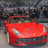 F12berlinetta presentado en el Salón de Ginebra