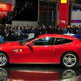 Ferrari FF en rojo