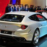 Ferrari FF en plata