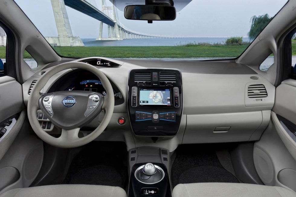 Equipamiento Nissan LEAF