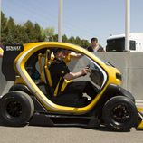 Renault Twizy RSF1 saliendo