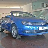 Volkswagen Eos, Vista fronto-lateral derecho
