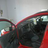 Renault Clio Sport Tourer detalle acceso interior