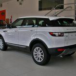Range Rover Evoque vista trasera izquierda