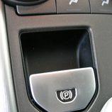 Range Rover Evoque detalle freno estacionamiento electrónico
