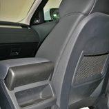 Range Rover Evoque Pure detalle hueco huardaobjetos