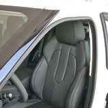 Range Rover Evoque Pure Tech detalle del asiento delantero