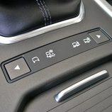 Range Rover Evoque Pure tech detalle de los controles Terrain Response
