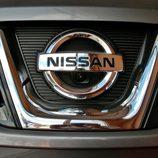 Nissan Qashqai detalle anagrama delantero