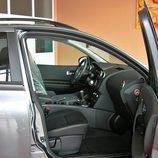 Nissan Qashqai detalle interior lado pasajero