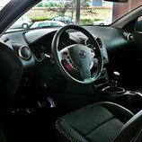 Nissan Qashqai detalle tablero de abordo