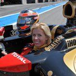 María de Villota también se subió al Lotus-Renault