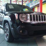 Jeep Renagade 4x2 Longitude - delantera
