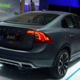 Volvo S60 Cross Country - stand trasera
