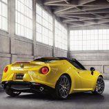 Alfa Romeo 4C Spider - yellow
