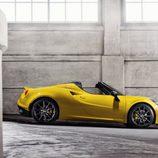 Alfa Romeo 4C Spider - lateral abierto