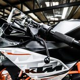 KTM RC390 - maneta