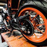 KTM RC390 - rueda trasera