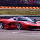 Sebastian Vettel prueba en Fiorano el FXX K