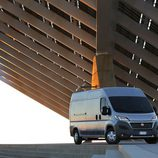 Fiat Ducato 140 Natural Power vista de lejos