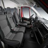 Fiat Ducato 140 Natural Power asientos delanterios