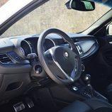 Prueba - Alfa Romeo Giulietta: Accedemos a su interior