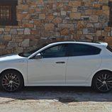 Prueba - Alfa Romeo Giulietta: Lateral fondo de piedra