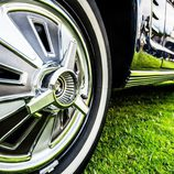 II Elegancia Tenerife - Ford Mustang llanta