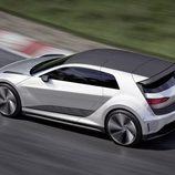 Volkswagen GTE Sport Concept - track