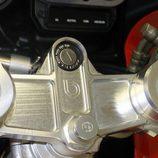 Bimota YB10 1991 - detalle manillar