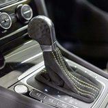 Volkswagen GTI Dark Shine - palanca