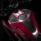 Ducati Panigale R 2015 depósito gasolina