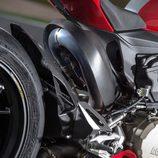 Ducati Panigale R 2015 tren trasero