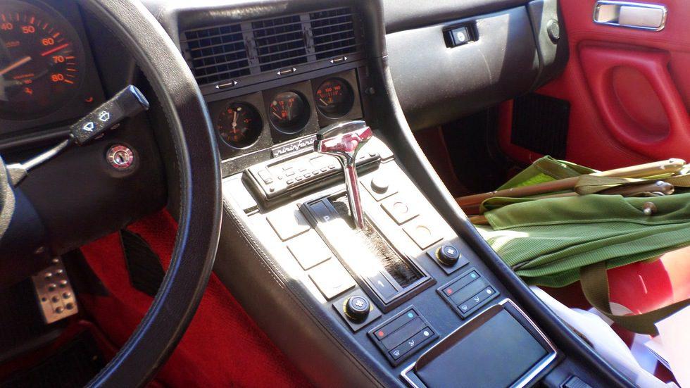 Ferrari 412i A (1985-1989) - consola