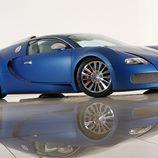 Bugatti Veyron Bleu Centenaire - front
