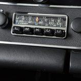 Porsche 911 S 2.4 Richard Hamilton - radio