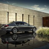 BMW Serie 7 2016 - rear