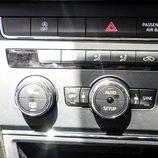 Seat León SC 1.4 TSI - detalle mandos