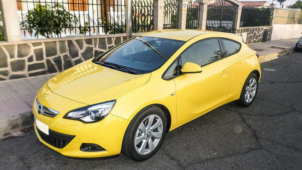 Opel Astra GTC 1.4 Turbo 140 - delantera